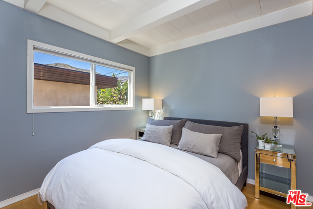 42510 PACIFIC COAST B HWY, MALIBU, California 90265, 2 Bedrooms Bedrooms, ,1 BathroomBathrooms,Residential Lease,For Sale,PACIFIC COAST B,20-565478