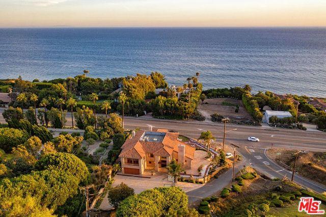 4996 PUESTA DEL SOL ST, MALIBU, California 90265, 5 Bedrooms Bedrooms, ,5 BathroomsBathrooms,Residential,For Sale,PUESTA DEL SOL,20-566614