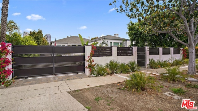 Photo of 2162 PATRICIA AVE, LOS ANGELES, CA 90025