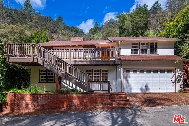 Photo of 9699 YOAKUM DR, BEVERLY HILLS, CA 90210