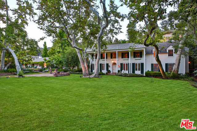 Photo of 2220 MANDEVILLE CANYON RD, LOS ANGELES, CA 90049