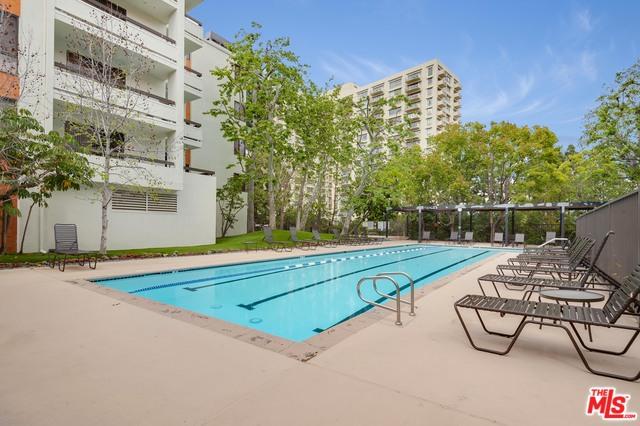 2122 Century Park Ln Los Angeles, CA 90067