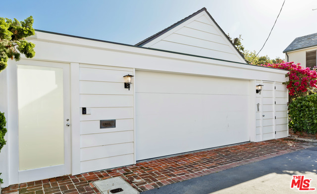 Address not available!, 3 Bedrooms Bedrooms, ,3 BathroomsBathrooms,Residential Lease,For Sale,Malibu Colony,20-570990