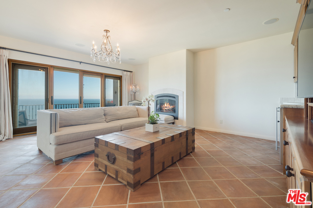 3942 RAMBLA ORIENTA, MALIBU, California 90265, 4 Bedrooms Bedrooms, ,4 BathroomsBathrooms,Residential Lease,For Sale,RAMBLA ORIENTA,20-572320