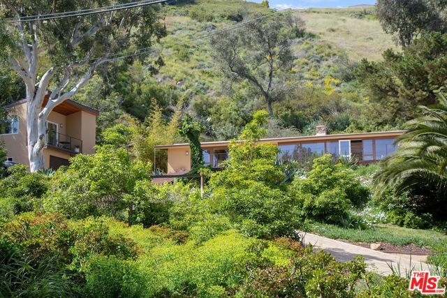 20537 LITTLE ROCK WAY, MALIBU, California 90265, 3 Bedrooms Bedrooms, ,2 BathroomsBathrooms,Residential,For Sale,LITTLE ROCK,20-572858