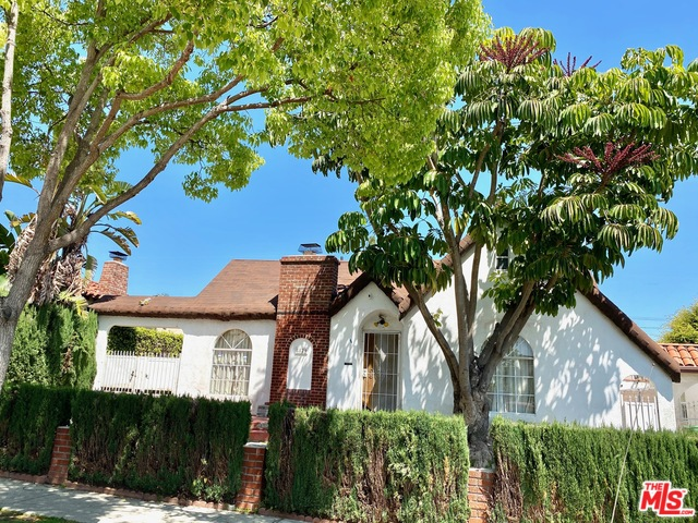 Photo of 8829 PICKFORD ST, LOS ANGELES, CA 90035