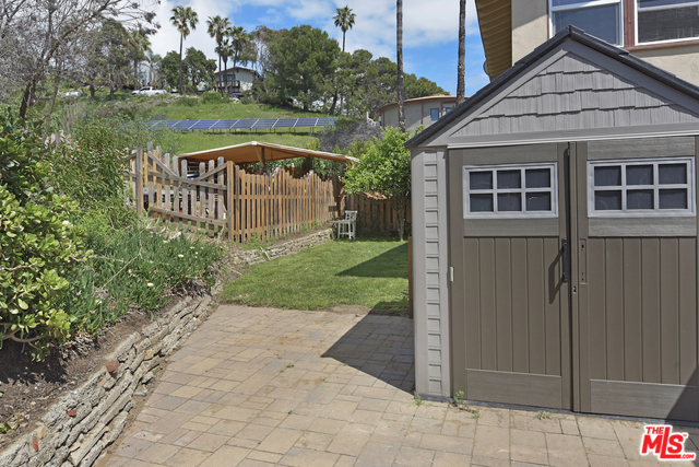 31577 PACIFIC COAST HWY, MALIBU, California 90265, 3 Bedrooms Bedrooms, ,2 BathroomsBathrooms,Residential Lease,For Sale,PACIFIC COAST,20-573624
