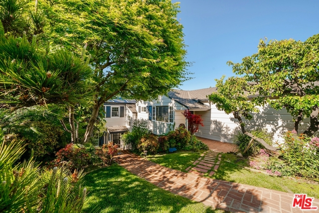 Photo of 3704 PRESTWICK DR, LOS ANGELES, CA 90027