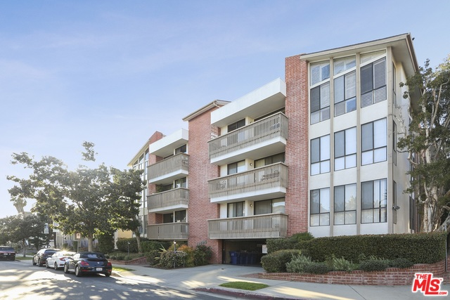 Photo of 11805 MAYFIELD AVE #303, LOS ANGELES, CA 90049