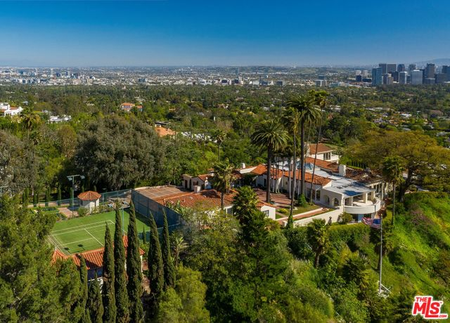 Photo of 9955 BEVERLY GROVE DR, BEVERLY HILLS, CA 90210