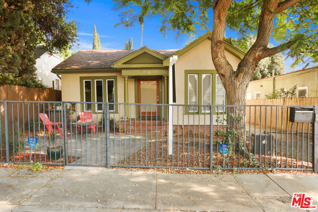 Photo of 1246 N GENESEE AVE, WEST HOLLYWOOD, CA 90046
