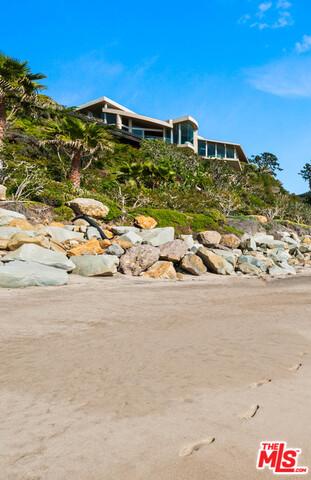 33256 PACIFIC COAST HIGHWAY, MALIBU, California 90265, 3 Bedrooms Bedrooms, ,4 BathroomsBathrooms,Residential,For Sale,PACIFIC COAST HIGHWAY,20-575824
