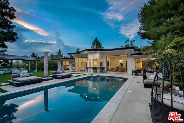 Photo of 1955 LOMA VISTA DR, BEVERLY HILLS, CA 90210