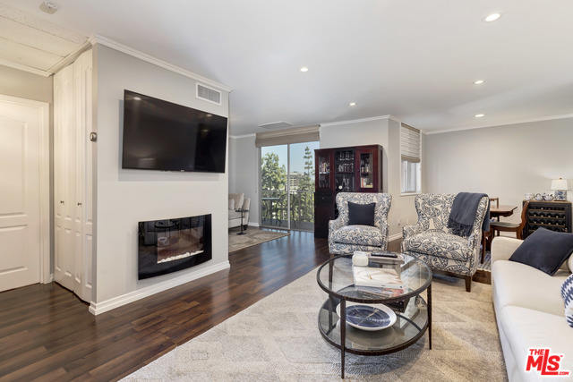 Photo of 100 S DOHENY DR #516, LOS ANGELES, CA 90048