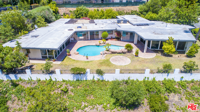 Photo of 1705 LOMA VISTA DR, BEVERLY HILLS, CA 90210