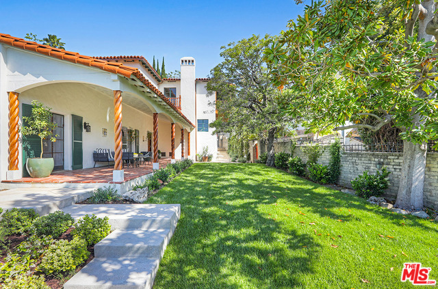 Photo of 4953 CROMWELL AVE, LOS ANGELES, CA 90027