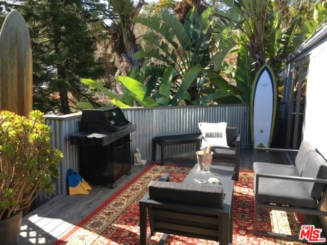 50 Paradise Cove, MALIBU, California 90265, 2 Bedrooms Bedrooms, ,1 BathroomBathrooms,Manufactured In Park,For Sale,Paradise Cove,20-578076