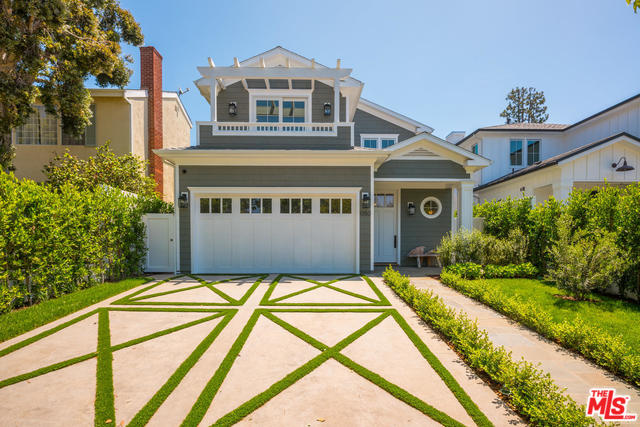 Photo of 1050 GALLOWAY ST, PACIFIC PALISADES, CA 90272