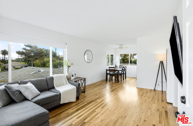 Photo of 1751 CENTINELA AVE #4, SANTA MONICA, CA 90404