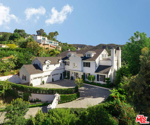Photo of 1304 MARINETTE RD, PACIFIC PALISADES, CA 90272