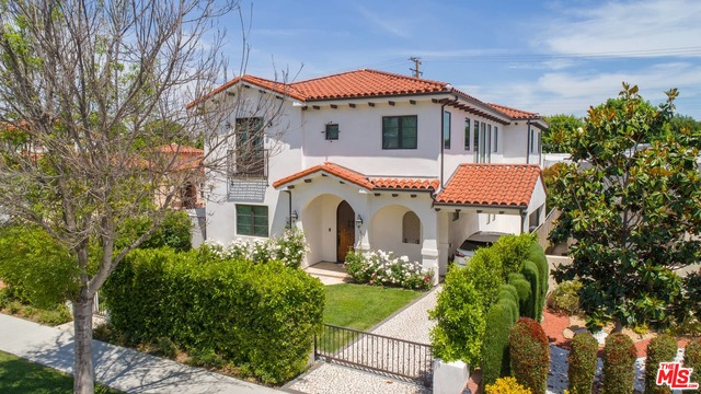 Photo of 244 S CLARK DR, BEVERLY HILLS, CA 90211
