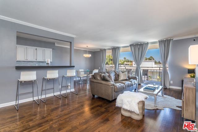 Photo of 7270 HILLSIDE AVE #305, LOS ANGELES, CA 90046