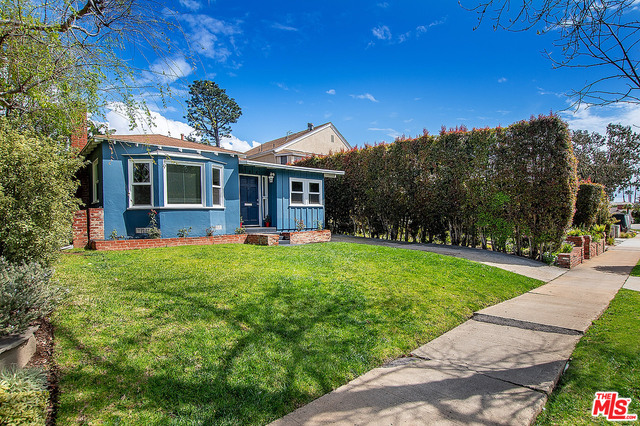 Photo of 844 FISKE ST, PACIFIC PALISADES, CA 90272
