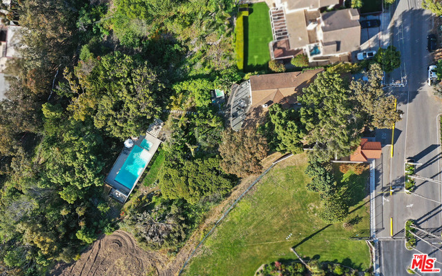 29359 HEATHERCLIFF RD, MALIBU, California 90265, 4 Bedrooms Bedrooms, ,3 BathroomsBathrooms,Residential,For Sale,HEATHERCLIFF,20-581212