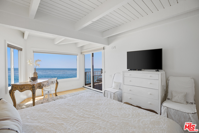 Address not available!, 2 Bedrooms Bedrooms, ,2 BathroomsBathrooms,Residential Lease,For Sale,BEACH CLUB,20-582100