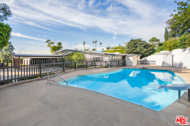 Photo of 1920 LOMA VISTA DR, BEVERLY HILLS, CA 90210