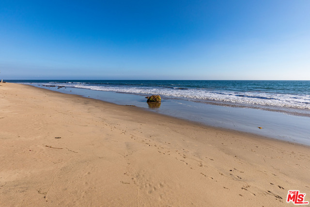 Address not available!, 4 Bedrooms Bedrooms, ,3 BathroomsBathrooms,Residential Lease,For Sale,MALIBU,20-582804