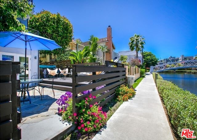 Photo of 218 CARROLL CANAL, VENICE, CA 90291