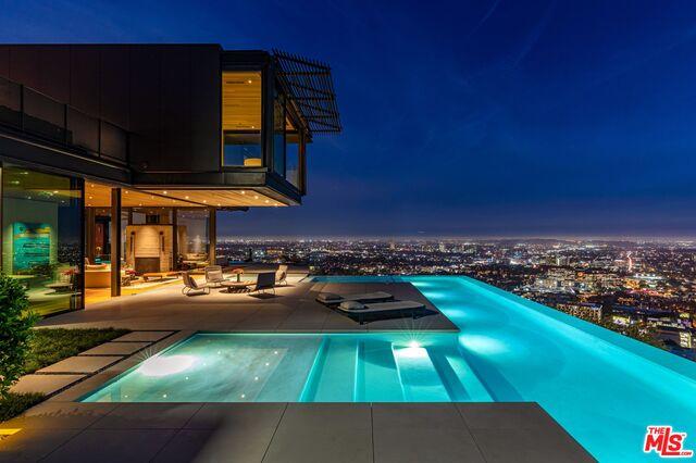 Photo of 1301 COLLINGWOOD PL, LOS ANGELES, CA 90069