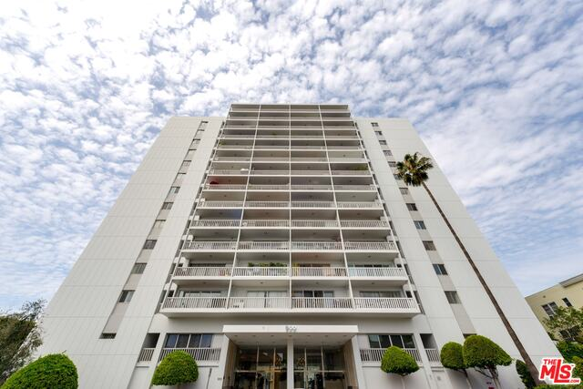 Photo of 999 N DOHENY DR #1104, WEST HOLLYWOOD, CA 90069