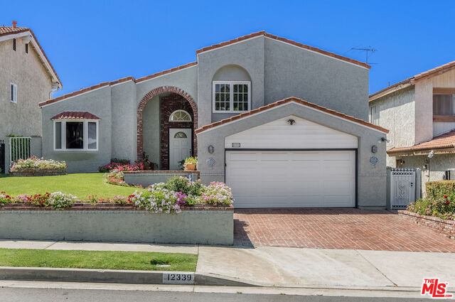Photo of 12339 EVENSONG DR, Los Angeles, CA 90064