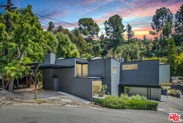 Photo of 10287 OLETHA LN, Los Angeles, CA 90077