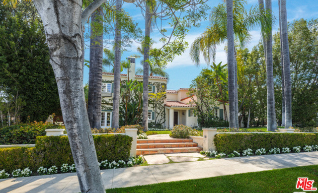 Photo of 611 N REXFORD DR, Beverly Hills, CA 90210
