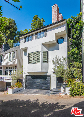 Photo of 9813 EASTON DR, Beverly Hills, CA 90210