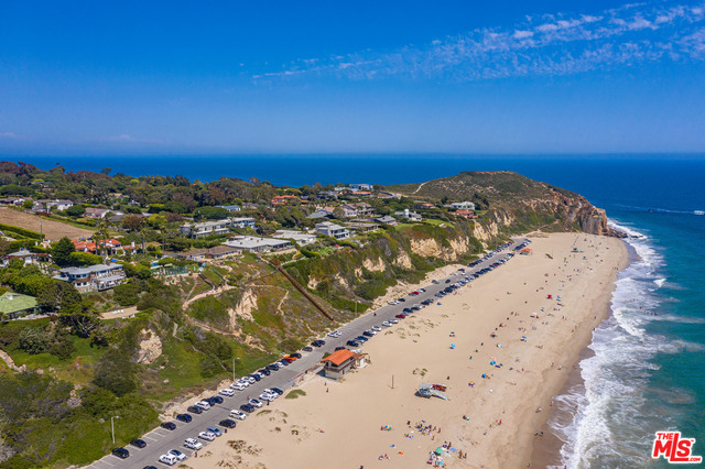 7225 BIRDVIEW AVE, Malibu, California 90265, 5 Bedrooms Bedrooms, ,6 BathroomsBathrooms,Residential,For Sale,BIRDVIEW,20-589242