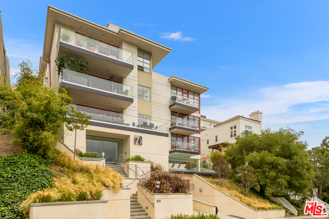 Photo of 870 HAVERFORD AVE #203, Pacific Palisades, CA 90272