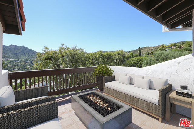 Photo of 1790 PALISADES DR, Pacific Palisades, CA 90272