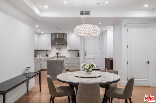 Photo of 137 S SPALDING DR #102, Beverly Hills, CA 90212
