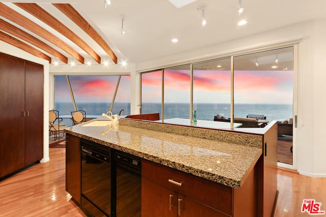21458 RAMBLA VISTA, MALIBU, California 90265, 3 Bedrooms Bedrooms, ,4 BathroomsBathrooms,Residential,For Sale,RAMBLA VISTA,20-590356