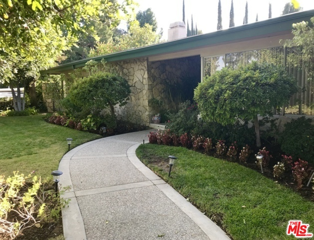 Photo of 4147 CLEAR VALLEY DR, Encino, CA 91436