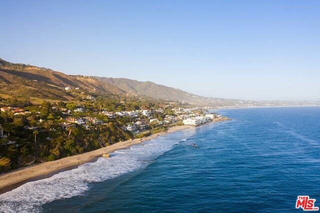 31833 SEA LEVEL DR, Malibu, California 90265, 3 Bedrooms Bedrooms, ,3 BathroomsBathrooms,Residential,For Sale,SEA LEVEL,20-591088