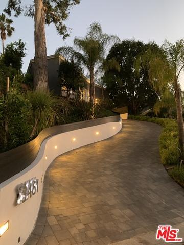 Photo of 3461 OAK GLEN DR, Los Angeles, CA 90068