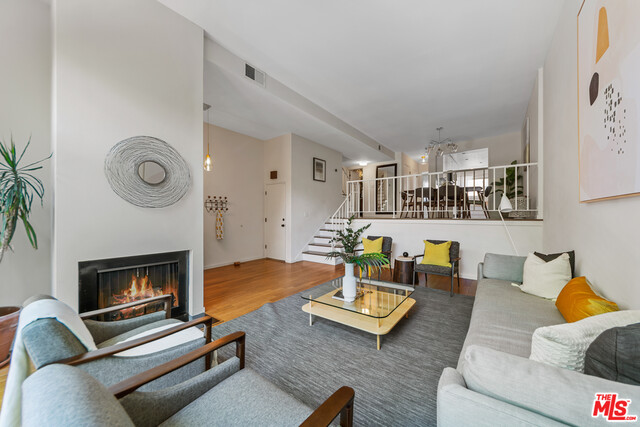 Photo of 11260 OVERLAND AVE #26G, Culver City, CA 90230
