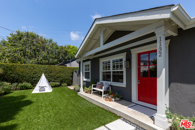 Photo of 1132 Superba AVE, VENICE, CA 90291