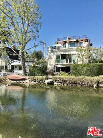 Photo of 241 CARROLL CANAL, Venice, CA 90291