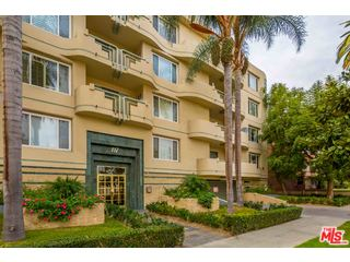 Photo of 117 N GALE DR #202, BEVERLY HILLS, CA 90211